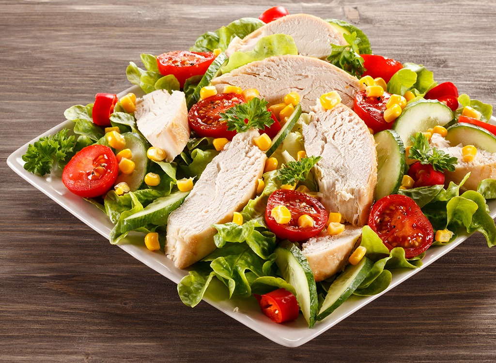 Find Fresh Salads For Lunch In Nearby Restaurants